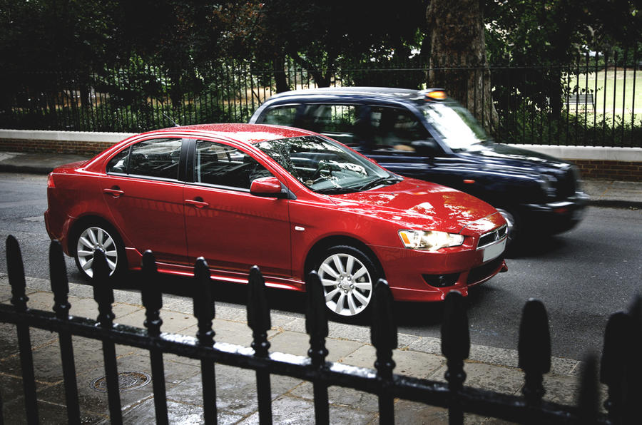 Mitsubishi Lancer in London
