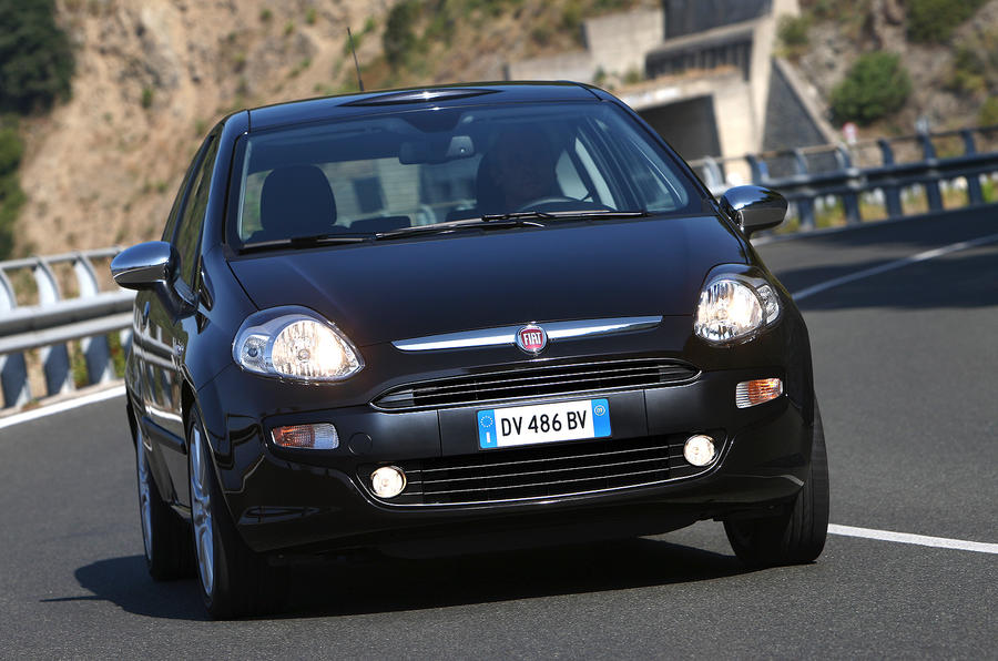 Fiat Punto Evo cornering