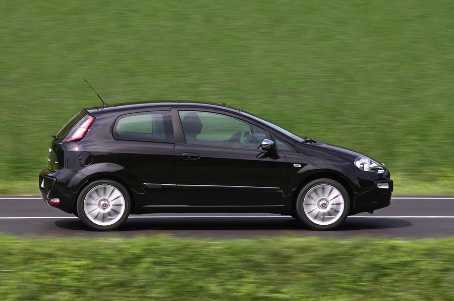 Fiat Punto Evo side profile