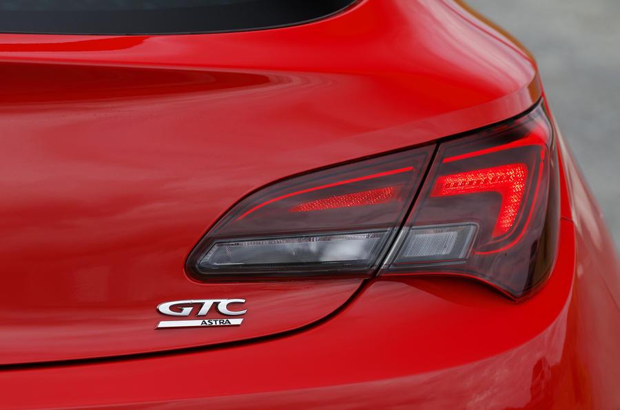 Vauxhall Astra GTC tail-light