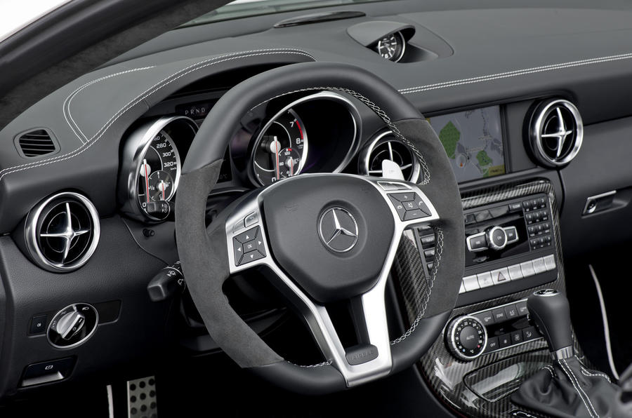 Mercedes-AMG SLK 55 dashboard