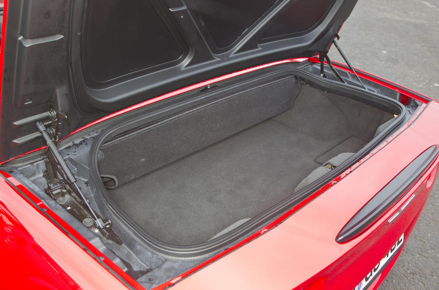 Corvette Grand Sport boot space