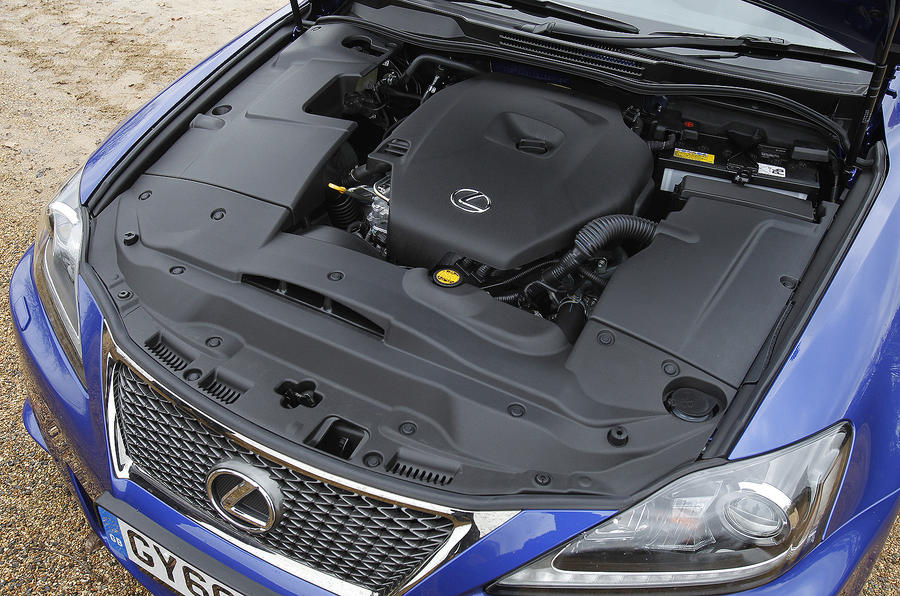 2.0-litre Lexus IS 200d diesel engine