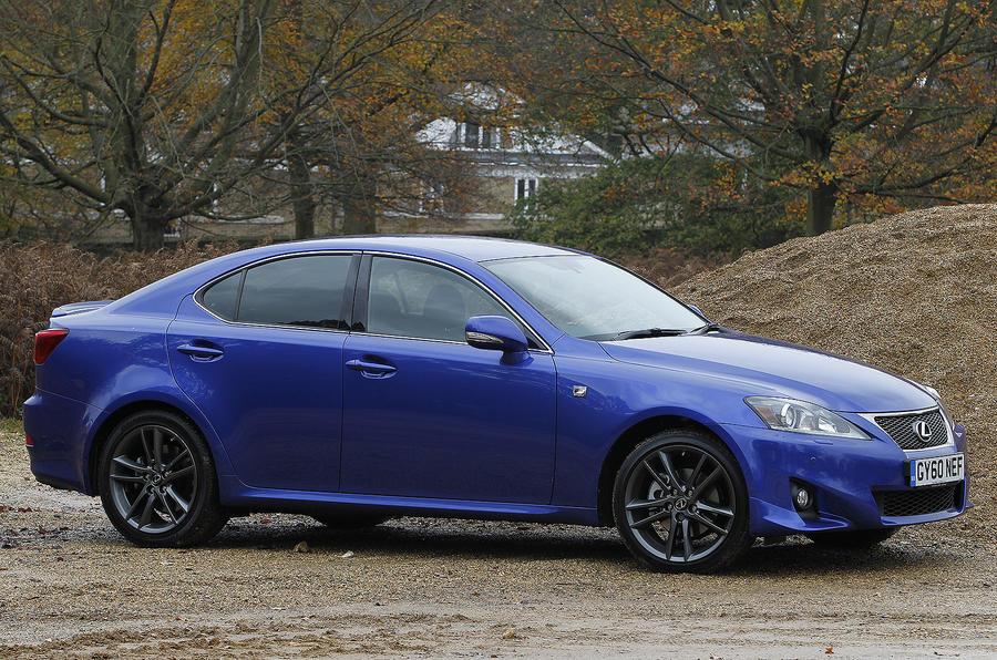 Lexus IS 200d F-Sport side profile