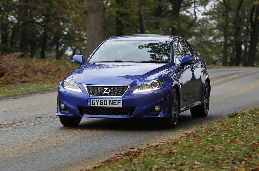 Lexus IS 200d F-Sport front quarter