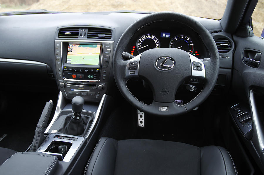 Lexus IS 200d F-Sport dashboard