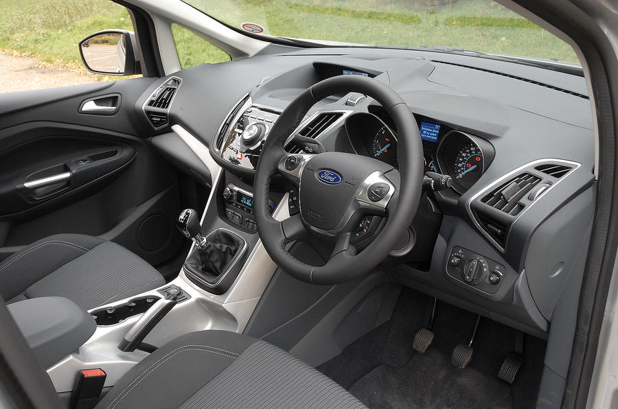 Ford C-Max dashboard
