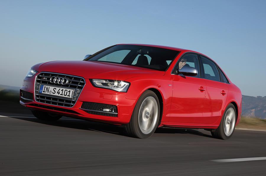 Audi S4 ...