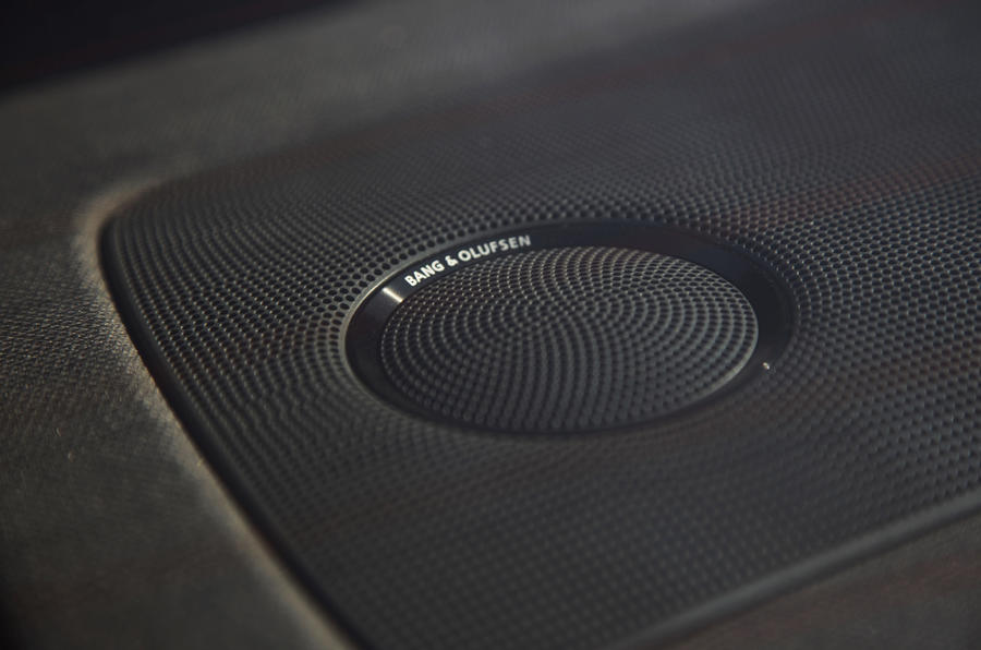 Audi S4 Bang & Olfsen stereo
