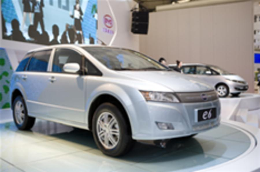 BYD's battery E6 crossover