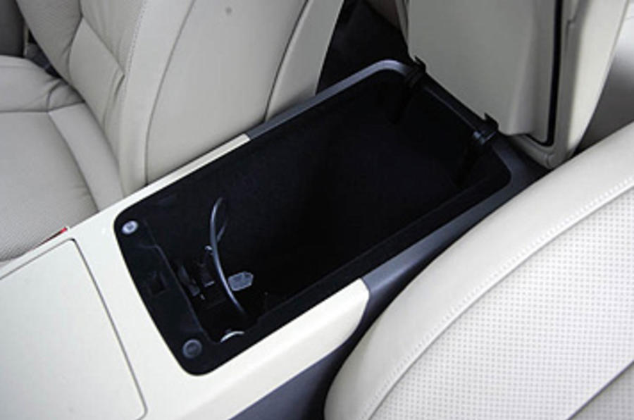 Hyundai Genesis central storage box