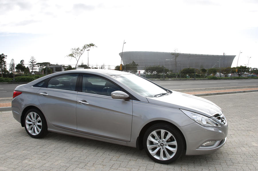 Hyundai Sonata / Hyundai i40