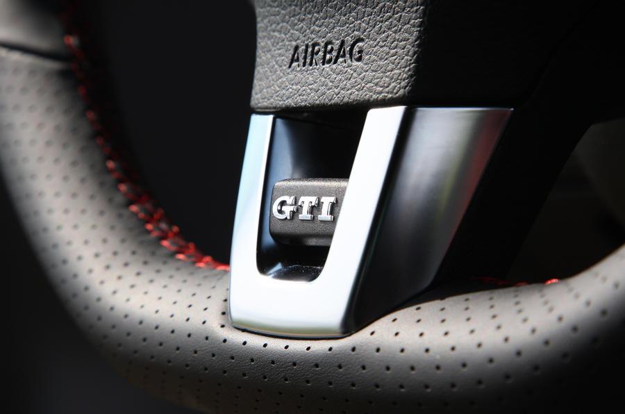 VW Golf GTI Edition 35