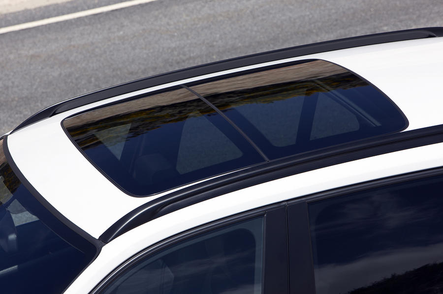 BMW X1 panoramic sunroof
