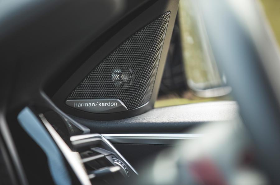 22 BMW M4 Competition 2021 RT haut-parleurs