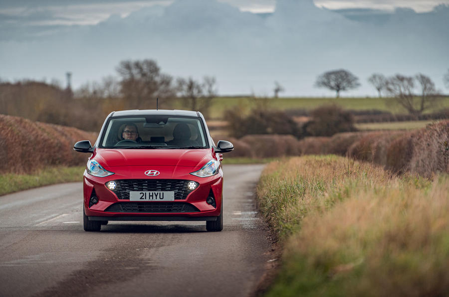 Hyundai i10 2020 road test review - on the road nose