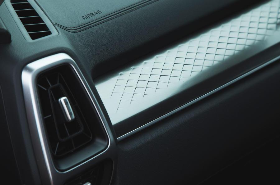 22 Kia Sorento 2021 : essai routier - révision de l'habillage intérieur