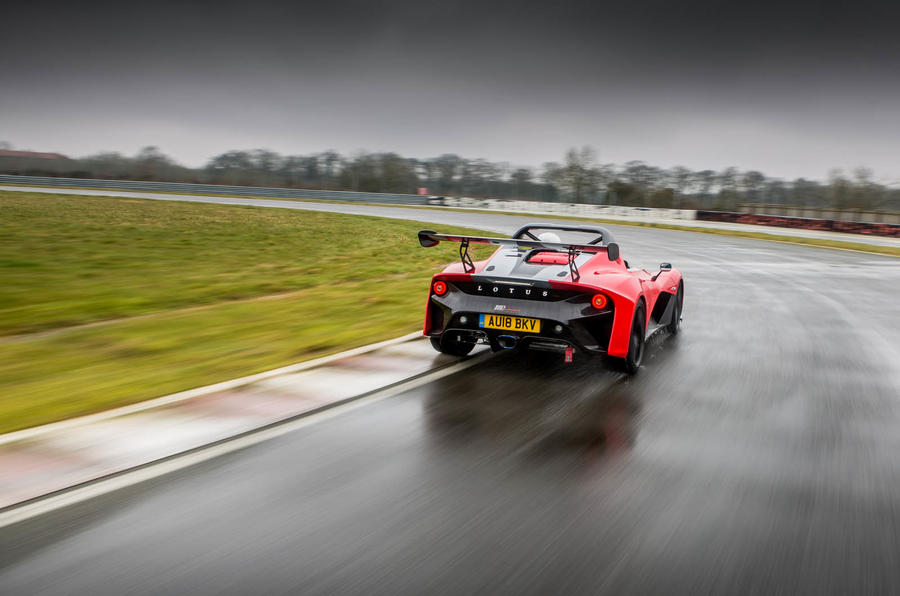 Lotus 3-Eleven 430 review cornering rear