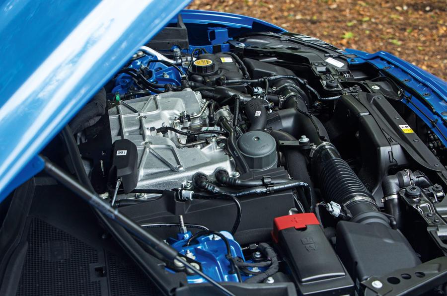 Jaguar F-Pace SVR 2019 road test review - engine