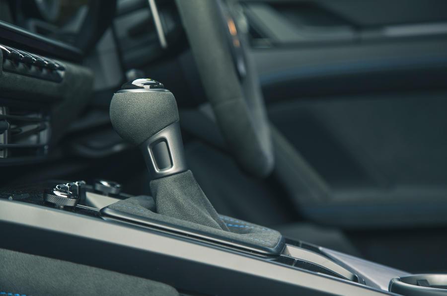 22 Pommeau de levier de vitesse Porsche 911 GT3 2021 RT