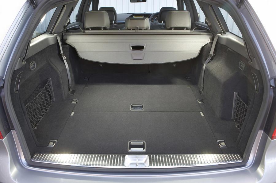 Mercedes-Benz E 350 CDI estate boot space