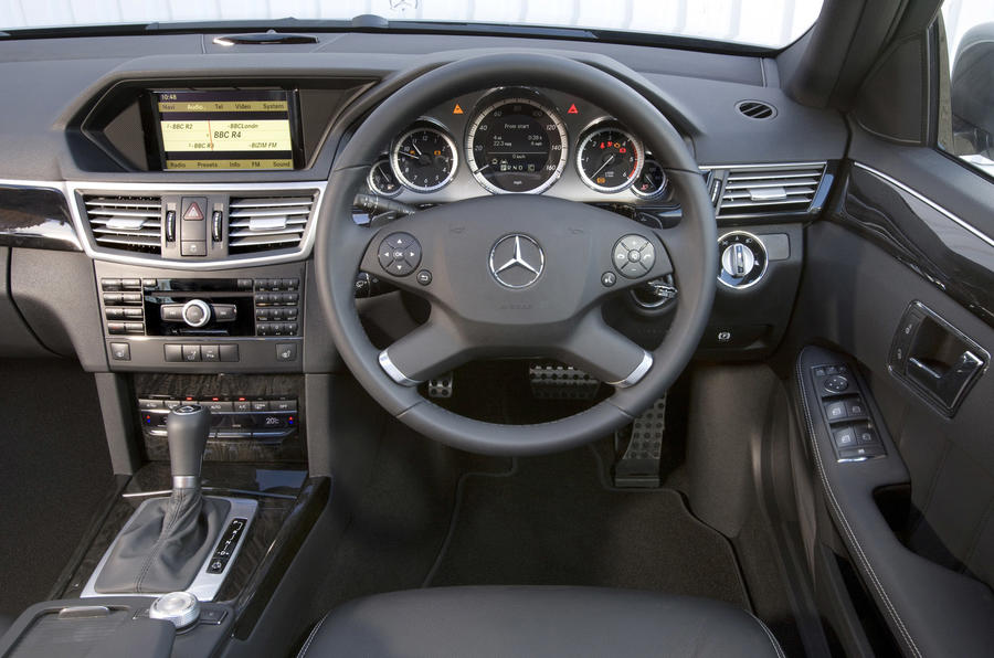 Mercedes E 350 CDI estate dashboard
