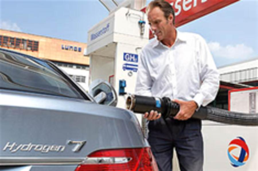 Car expert blasts hydrogen