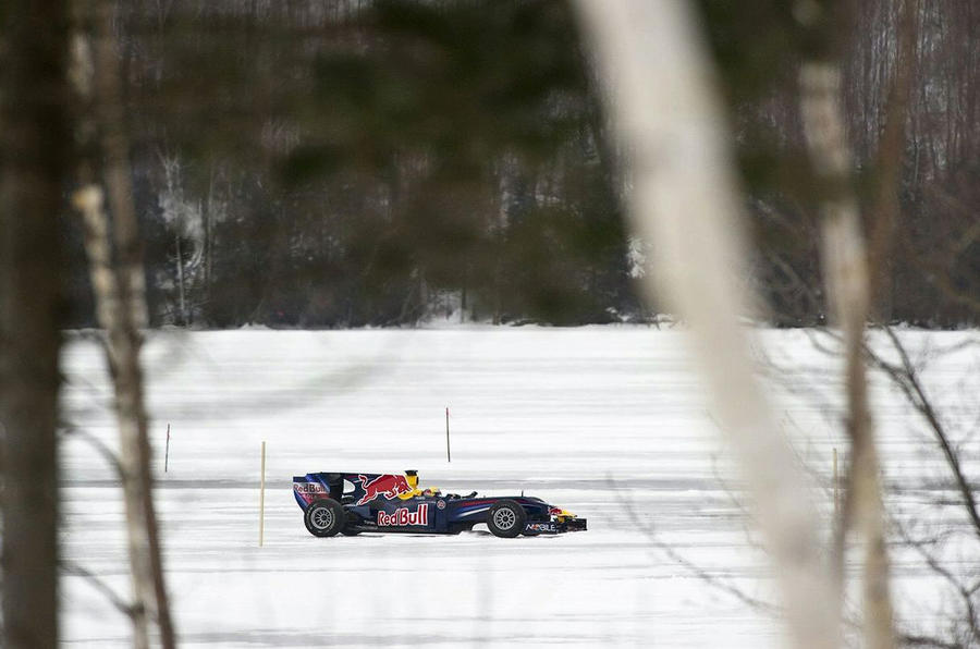 Red Bull F1 car on ice: pics