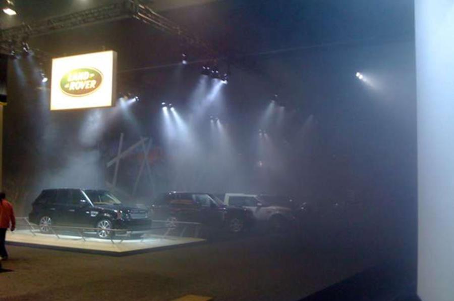 Fire halts Detroit motor show