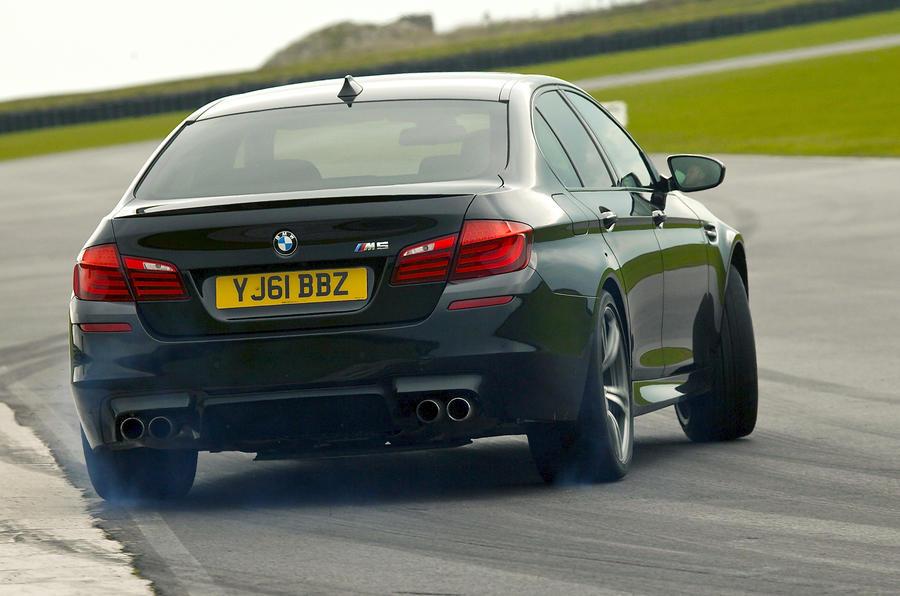 BMW M5 rear drifting