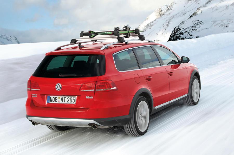 Volkswagen Passat Alltrack rear