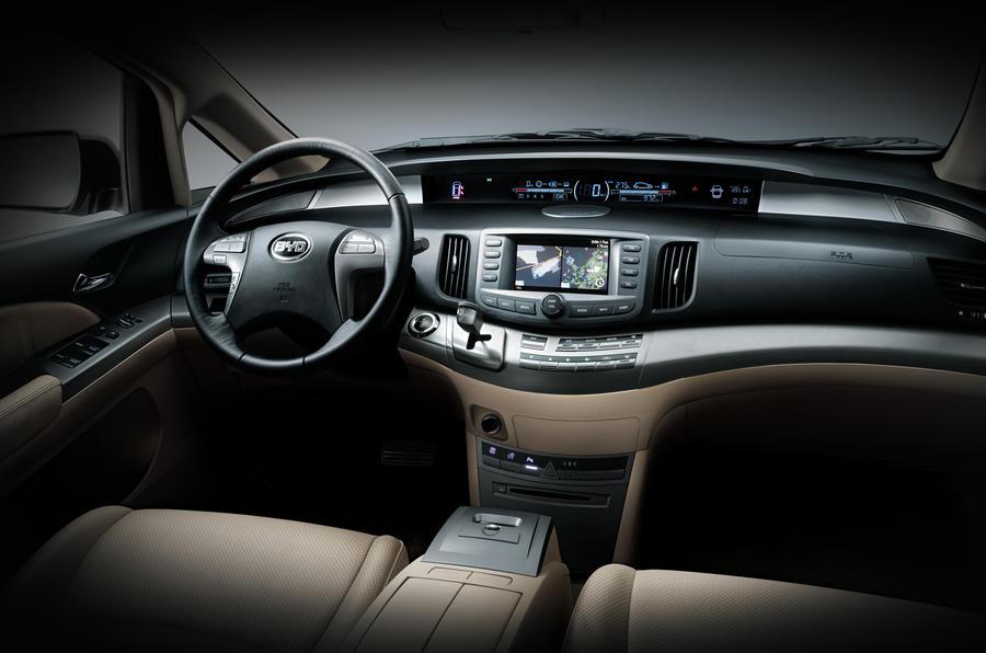 BYD E6 Hatchback dashboard