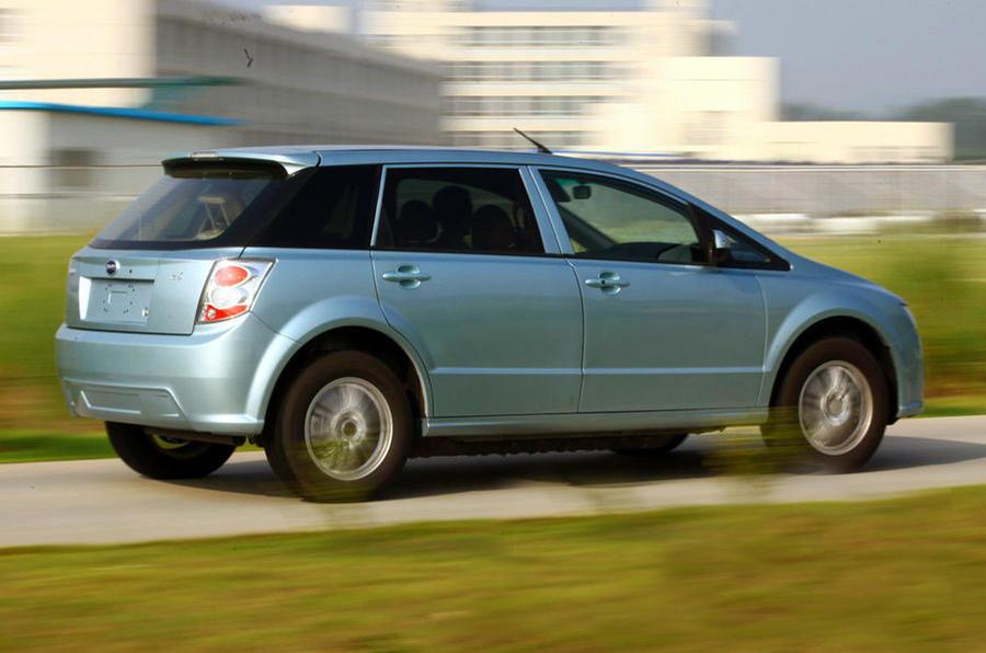 BYD E6 Hatchback rear