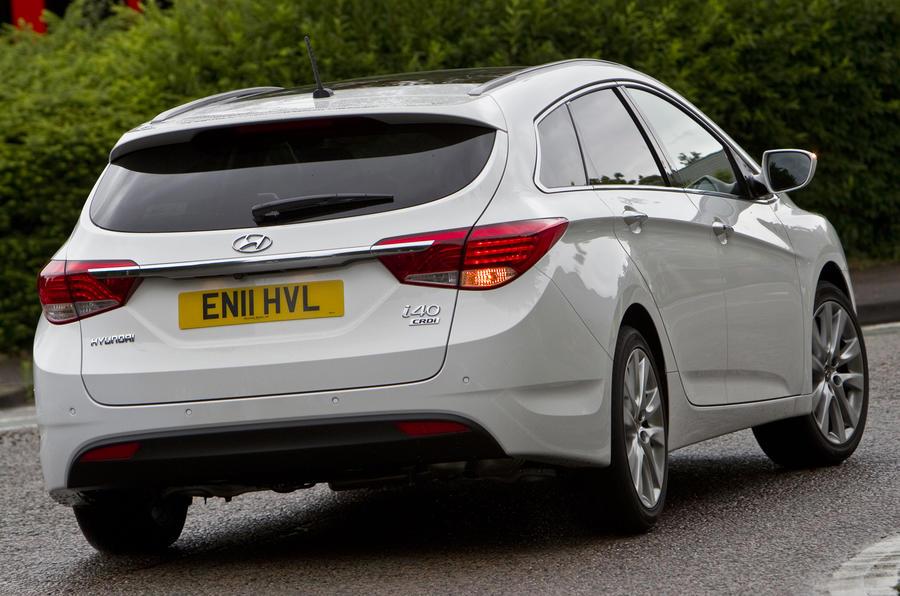 Hyundai I40 Tourer 1 7 Crdi Estate Review Autocar