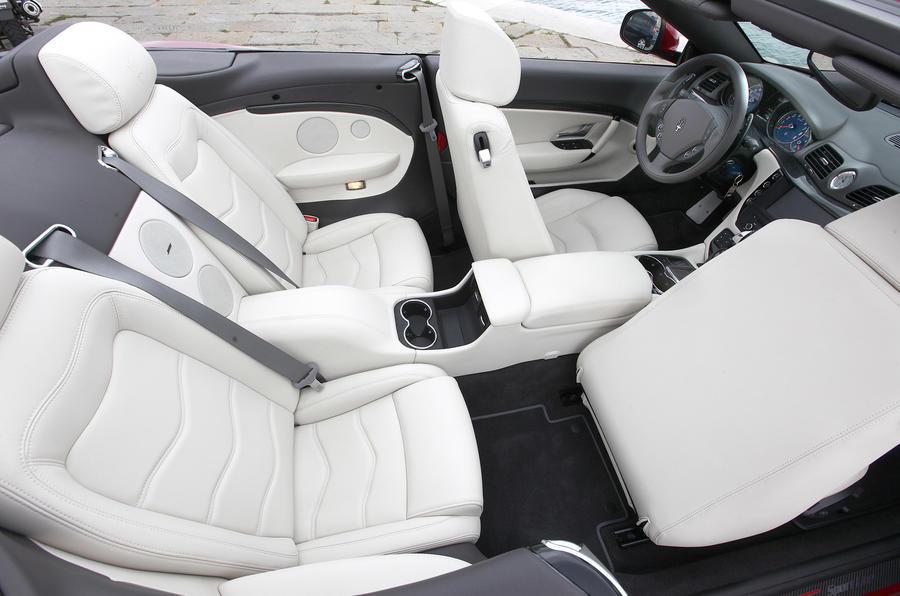 Maserati Grancabrio Sport leather seats