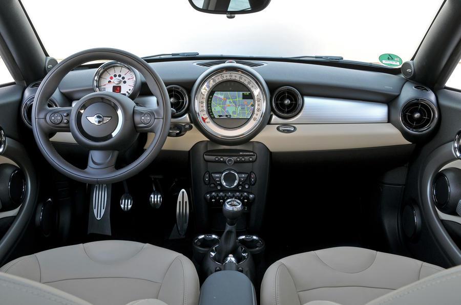 Mini Coupe Cooper SD dashboard