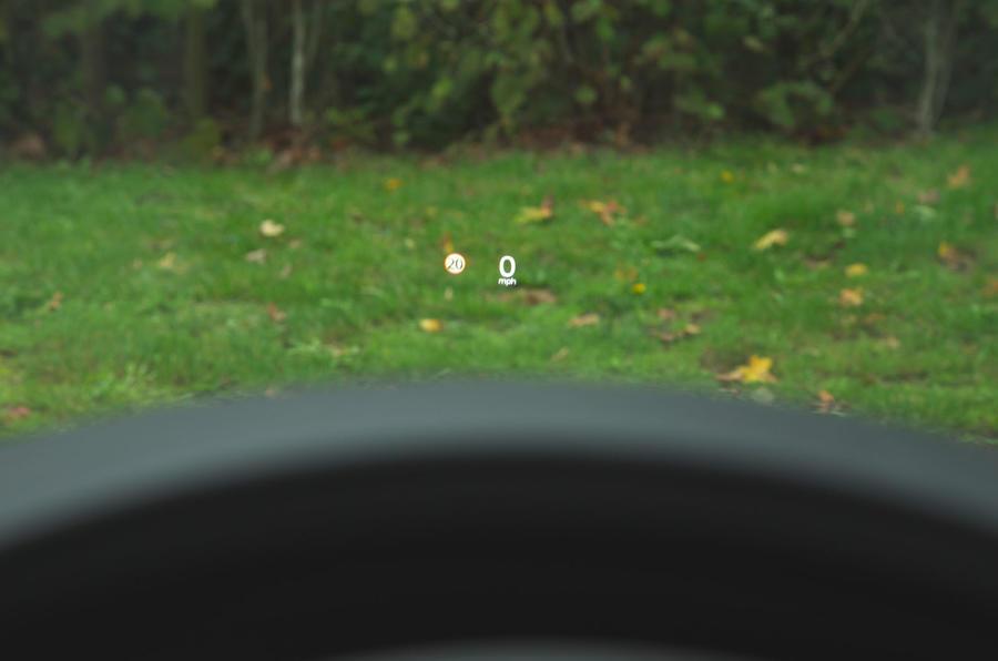 Mazda 3 Skyactiv-X 2019 road test review - HUD