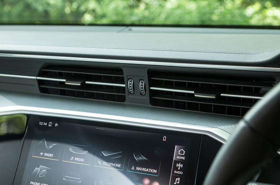 Audi A7 Sportback 2018 road test review front air vents