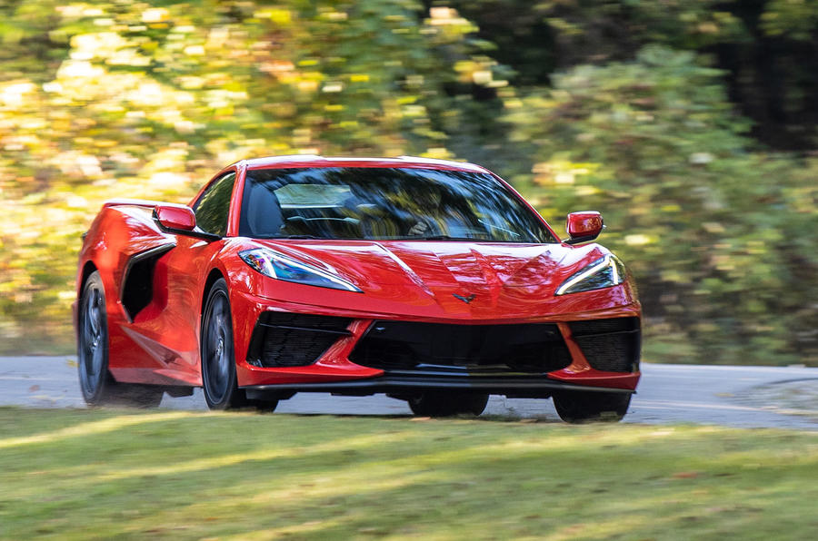 Corvette Stingray C8 2019 road test review - on the road