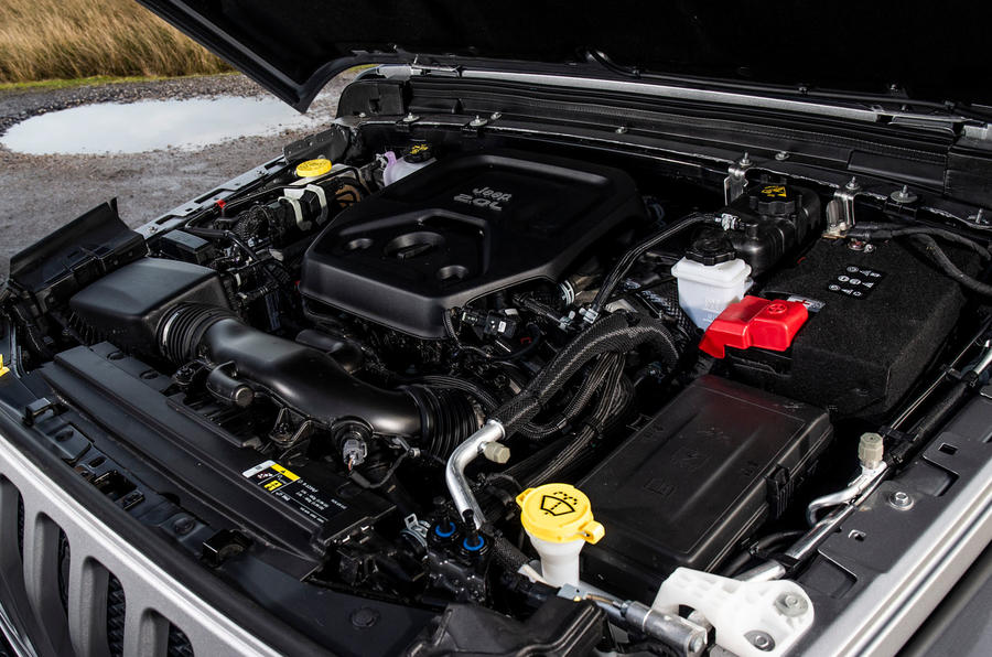 Jeep Wrangler 2019 road test review - engine