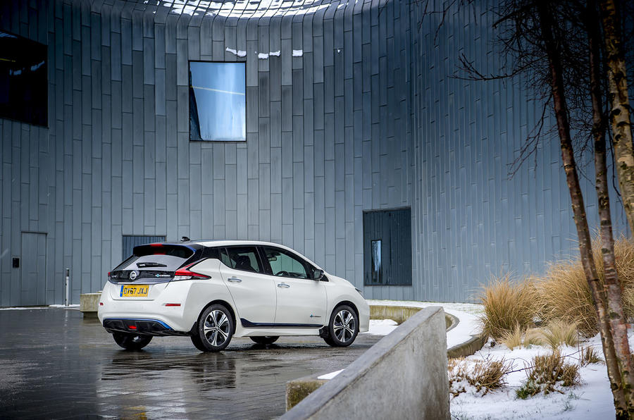 Nissan Leaf 2018 UK review hero static
