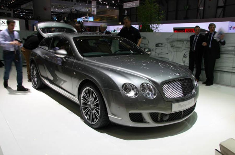 Bentley considers Panamera rival