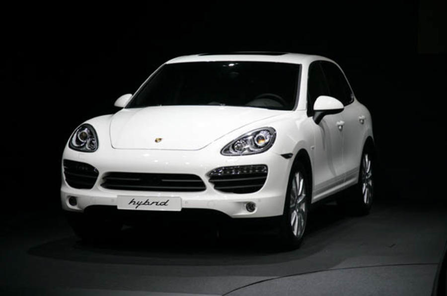 Porsche Cayenne - pics and video