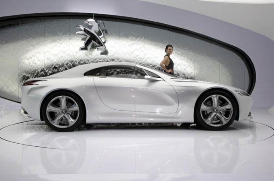 Geneva motor show: Peugeot SR1