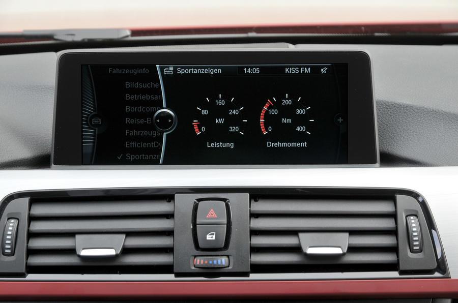 BMW 328i Sport iDrive infotainment