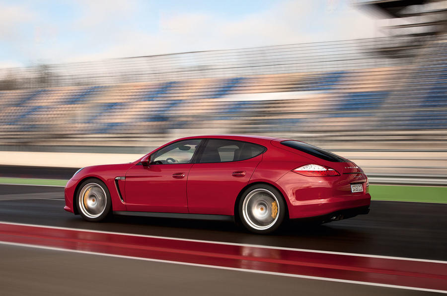 Porsche Panamera GTS side profile