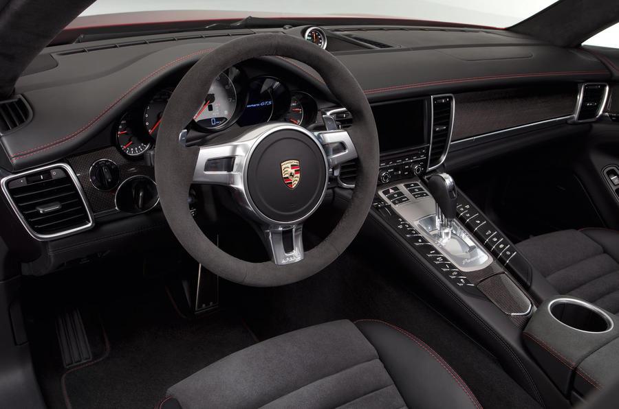 Porsche Panamera GTS dashboard