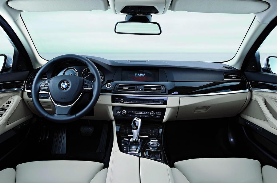 BMW 5 Series 530d dashboard