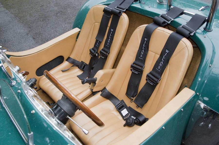 Allard J2X Mk2 sports seats