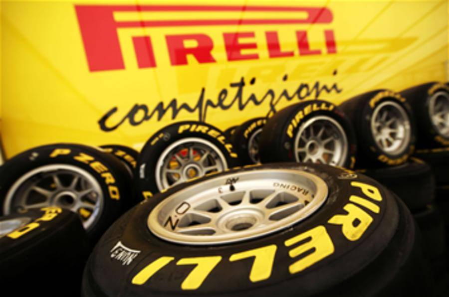 Pirelli wins F1 tyre supply deal